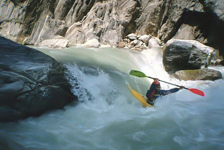 Italy - Anza River Gorge - Kayak Mountain 300 - 1994